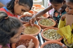 AYUDH Delhi planta semillas
