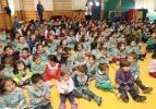 Entrega de árboles a niños en Segovia